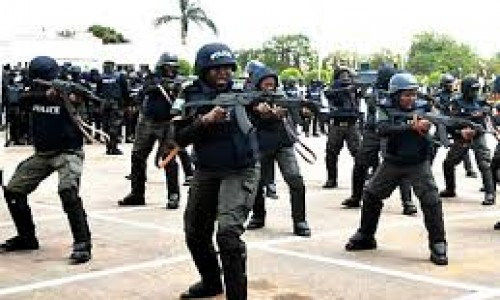 Nigerian Police Frees 14 Kidnapped Foreign Oil Workers After Gun Battle
